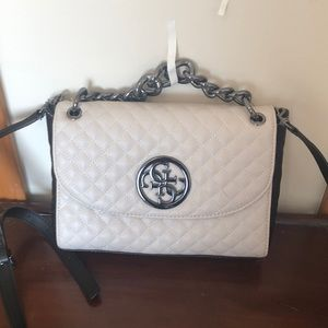 Guess purse with chain